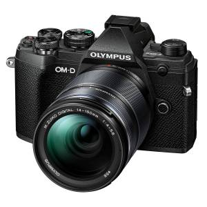 Olympus E-M5 Mark III kamerahus svart + M.Zuiko Digital ED 14-150/4,0-5,6 II