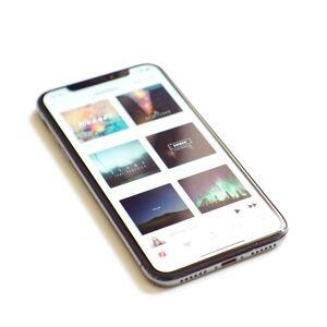 Apple iPhone X 64GB Rymdgrå (beg) ( Klass C )