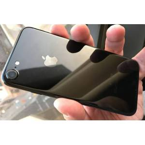Apple iPhone 7 32GB Jet Black (beg) ( Klass B )