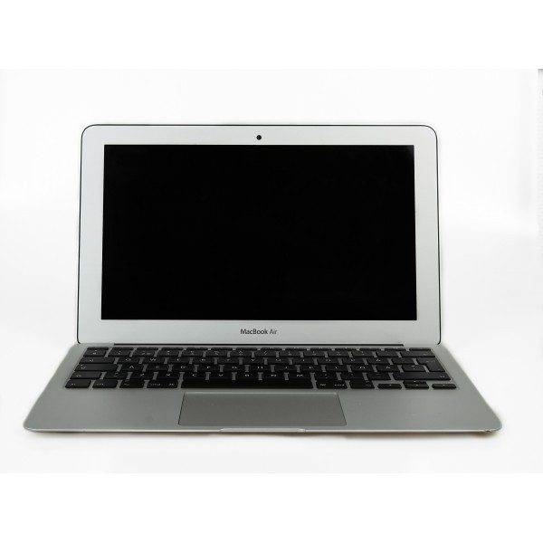 Apple MacBook Air 13-tum Mid 2013 (beg med mindre märken skärm) (Klass B)