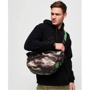 Superdry Damon Side Messenger Bag in Green (Size: 1SIZE)