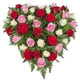 Serenata Flowers Rose Trio Heart