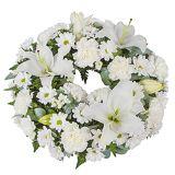 Serenata Flowers White Lily Wreath