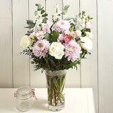 Serenata Flowers Tender Embrace