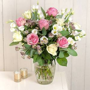 Serenata Flowers Bella Flower Bouquet Delivery: Blush Pink Roses, Astrantia and Lisianthus.