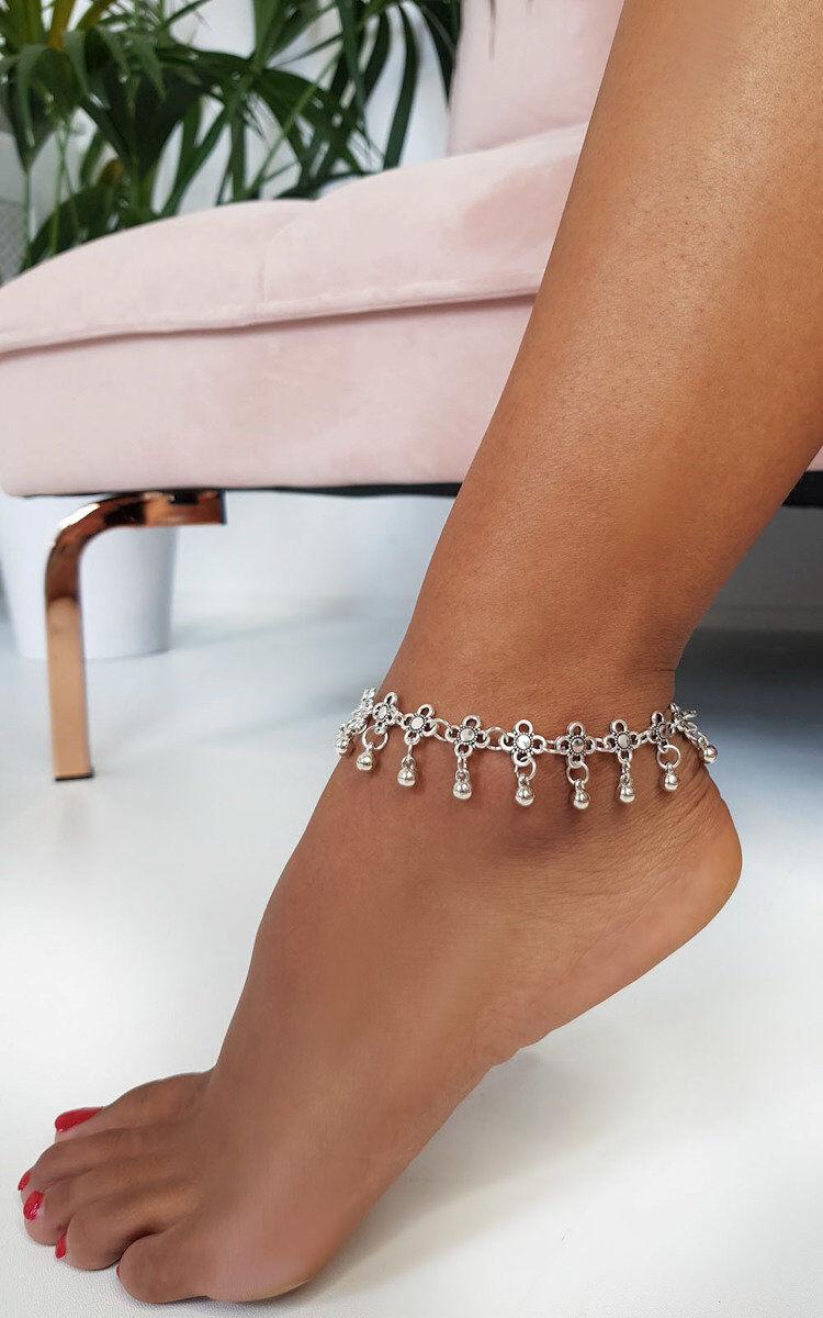 ikrush Women's Lola Flower Chain Anklet in SILVER (Size: 1SZE)