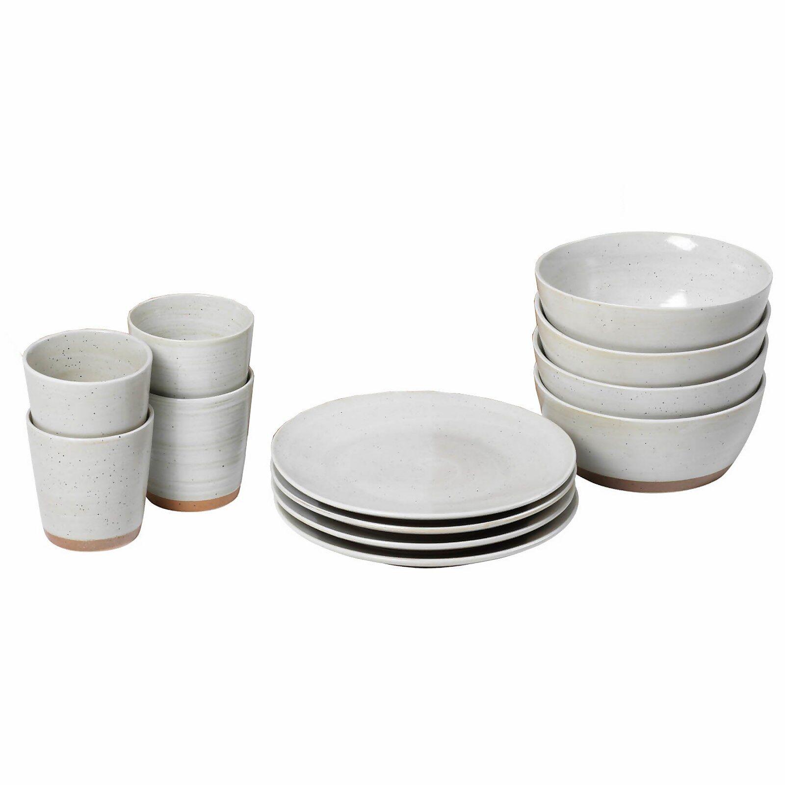 Broste Copenhagen Grod Stoneware Table Set - Sand