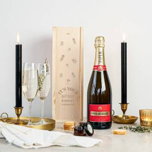 YourSurprise Champagne gift set with glasses - Piper Heidsieck Brut (750 ml) - Engraved lid