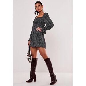 Missguided Black Ditsy Petal Print Shirred Skater Dress, Black - female - Size: 8