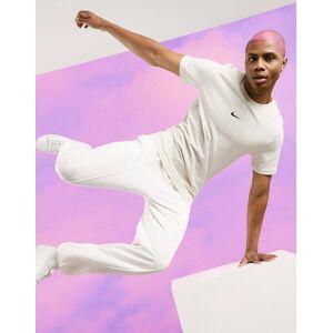 Nike Pastel Pack t-shirt in sand-Beige  - 26798656667 - Size: Medium