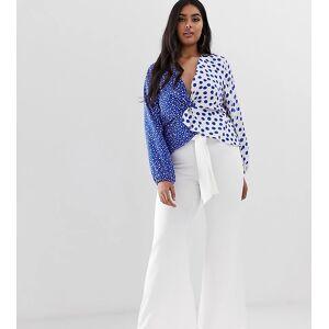 John Zack Plus bootcut trousers in white  - White - Size: 18