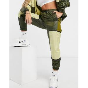 Nike colour block woven joggers in khaki green  - Green - Size: Extra Large