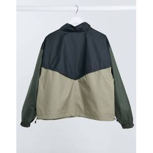 Nike Plus colour block cropped overhead jacket in khaki and black-Green  - Green - Size: 2X-Large