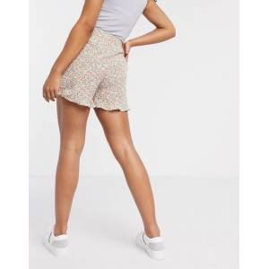Pieces frilly shorts with high waist in mixed floral-Multi  - Multi - Size: Medium