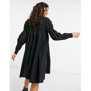 Pieces shirred smock shirt dress in black  - Black - Size: Medium