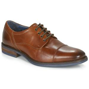 André  BYRON  men's Casual Shoes in Brown