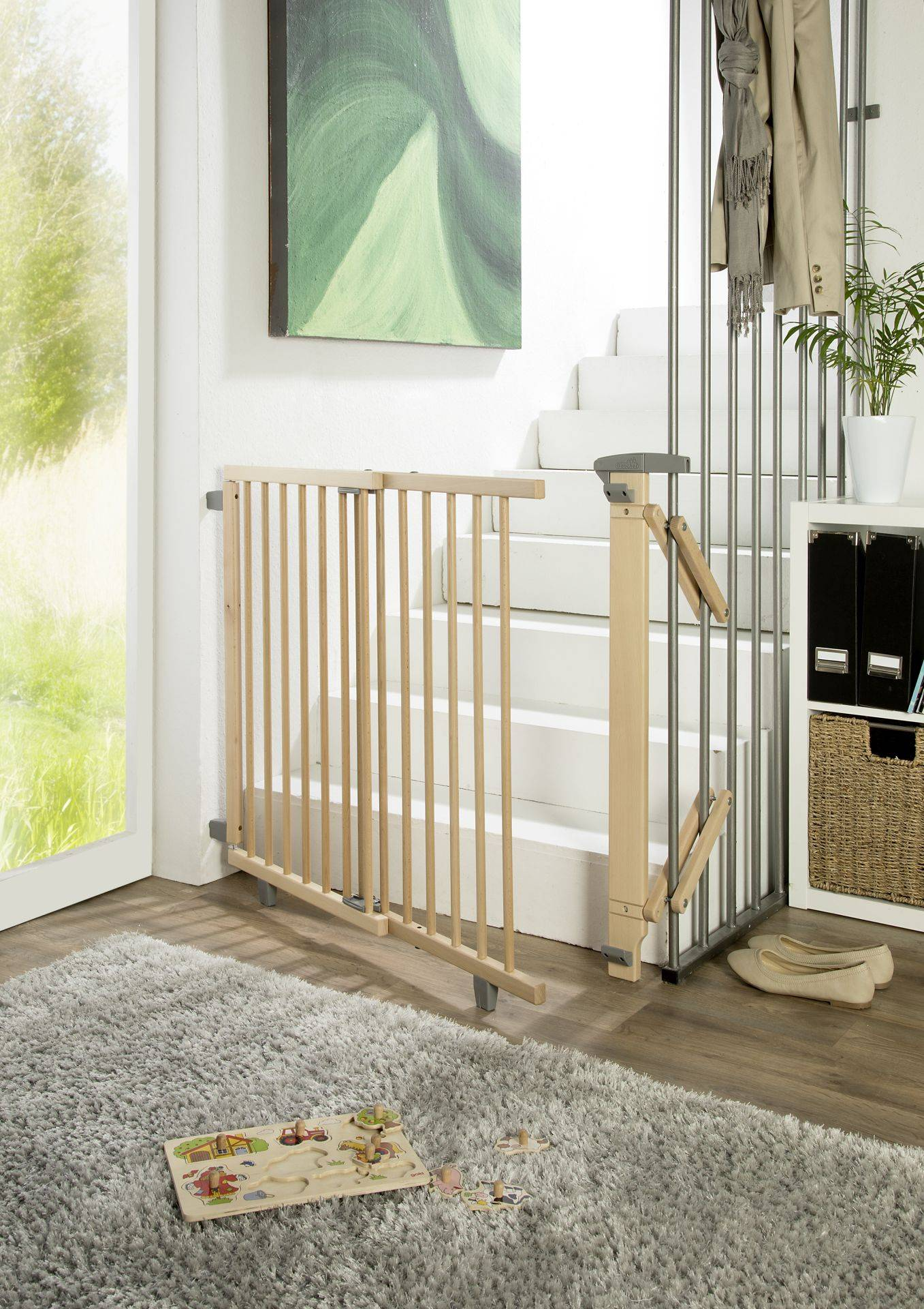 Geuther Swivel stair gate made from wood; Natur