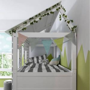 Noa and Nani Christopher Treehouse Midsleeper Bed in Classic White