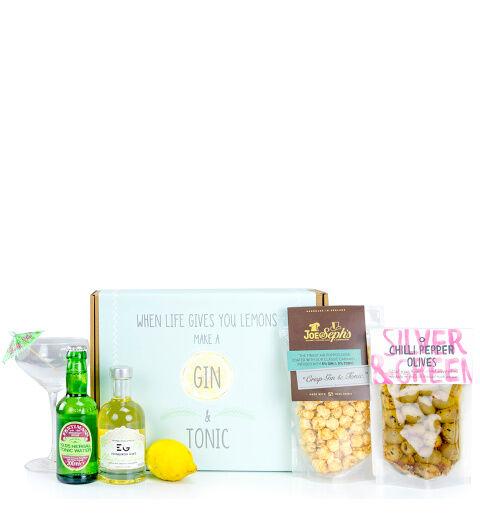 Prestige Hampers Gin & Tonic Sensation Hamper - Gift Basket - Prestige Hampers