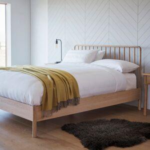 Lythe 6' Spindle Bed   Oak