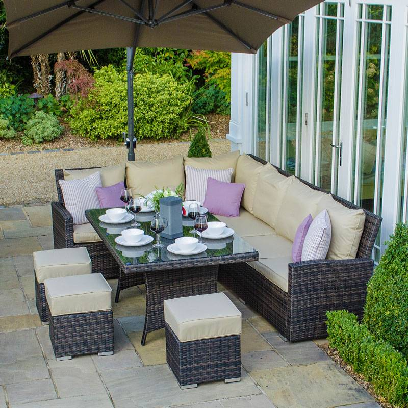 Oakworld Alfresco Cambridge Corner Dining Set with Casual Parasol Hole Table   Left Hand   Brown