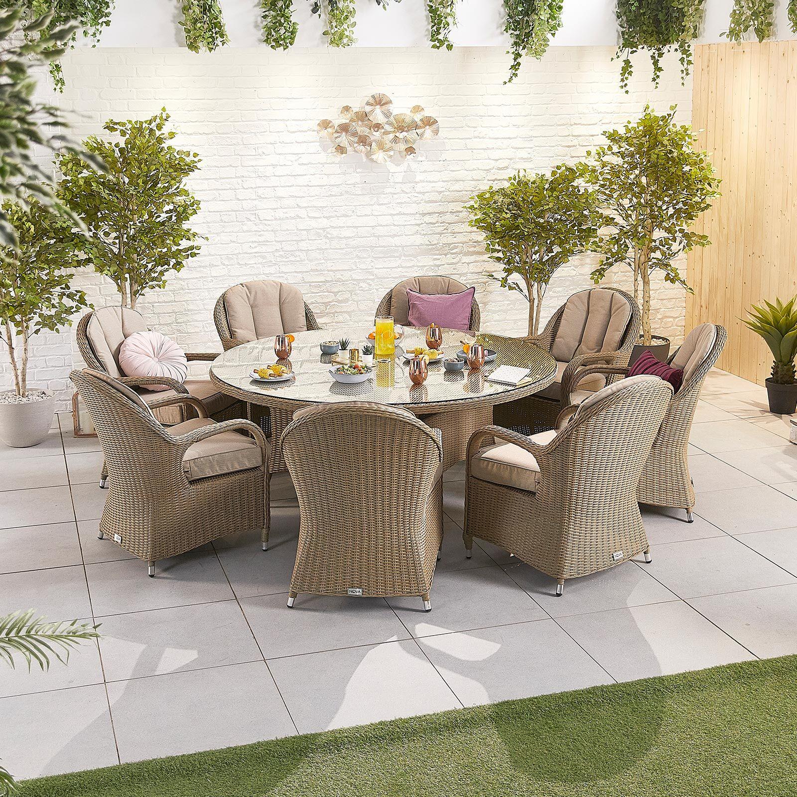 Oakworld Alfresco Heritage Leeanna 8 Seat Dining Set   1.8m Round Table   Willow