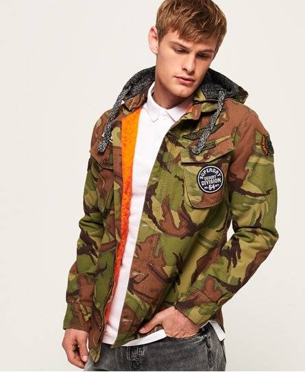 Superdry Military Storm Hooded Jacket in Green (Size: L)