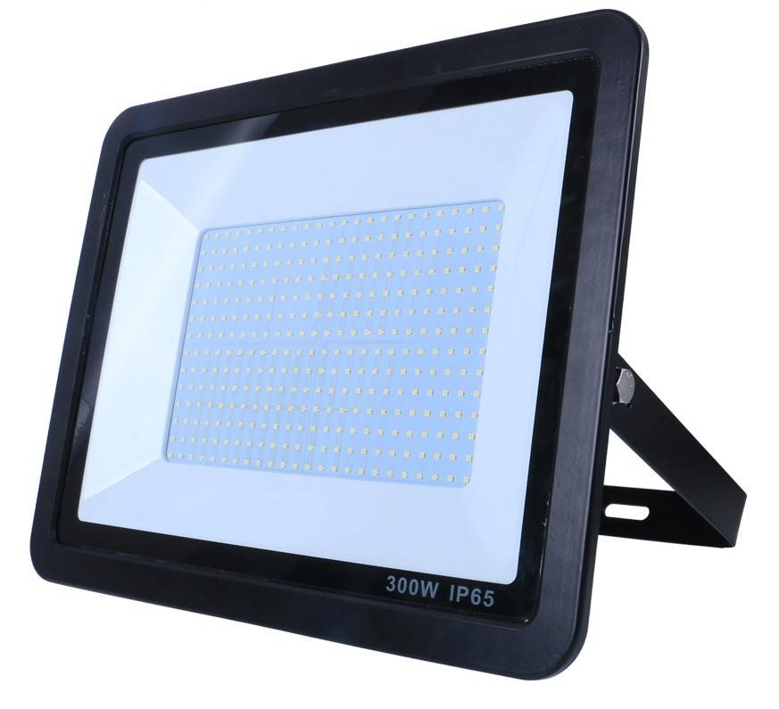 Simple Lighting 300W LED Floodlight with Photocell in Black Finish