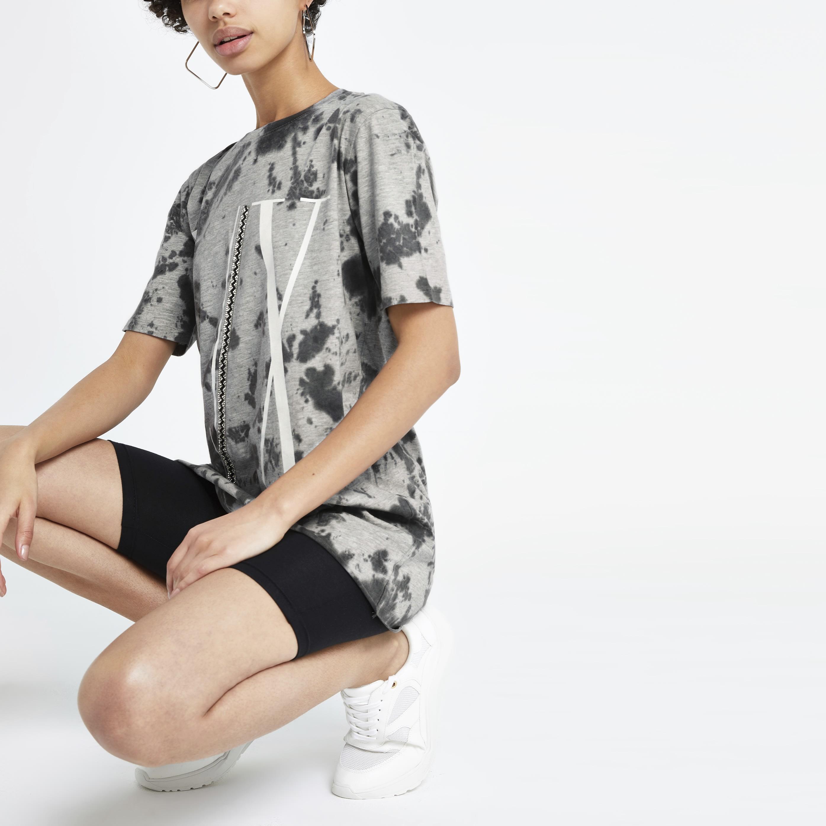 River Island Womens Grey tie dye embellished boyfriend T-shirt (M)