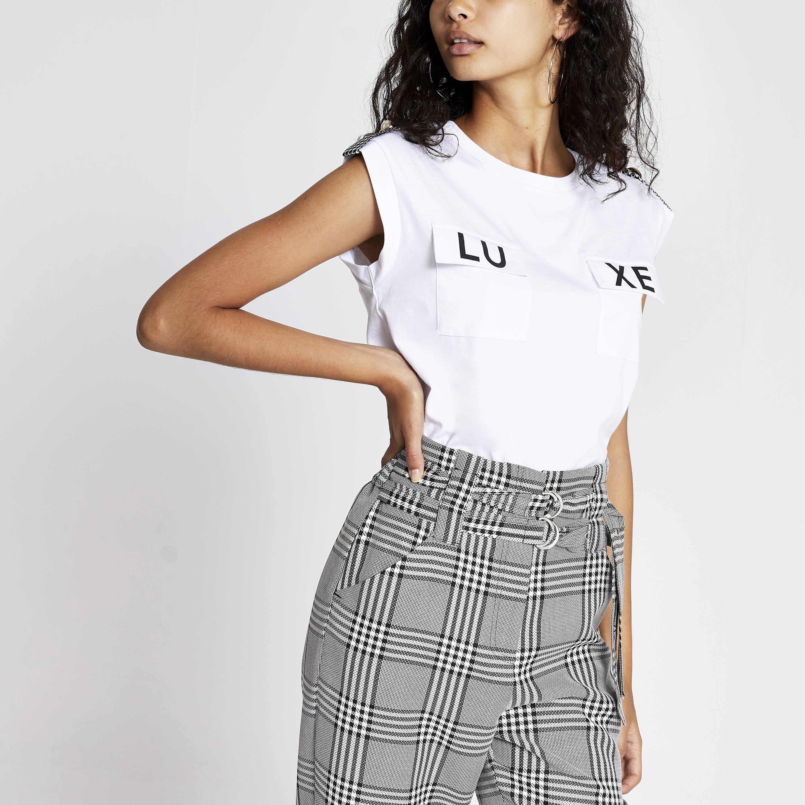River Island Womens White 'Luxe' pocket T-shirt (14)