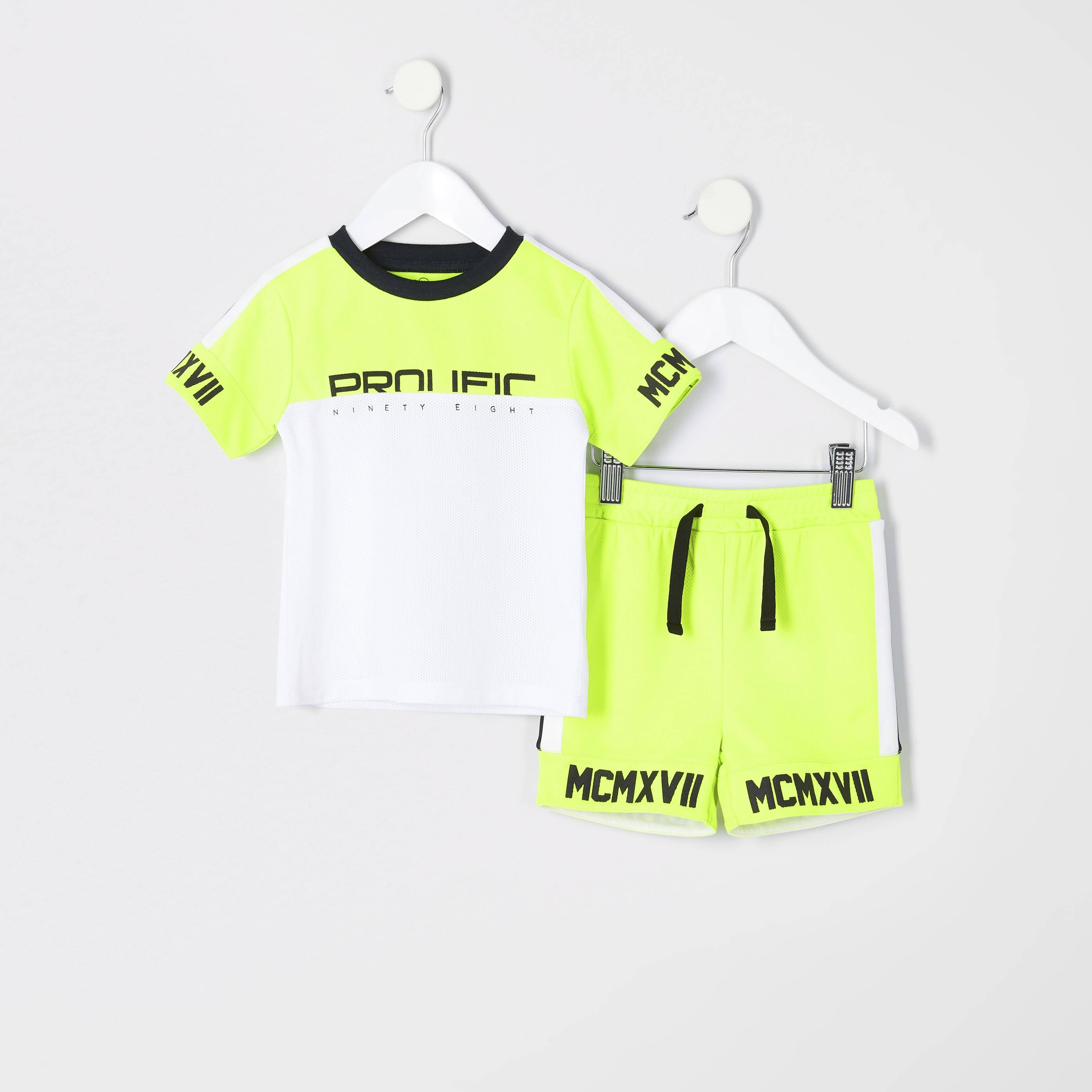 River Island Mens Baby Boys Green 'Prolific' T-shirt outfit (3-6 Mths)