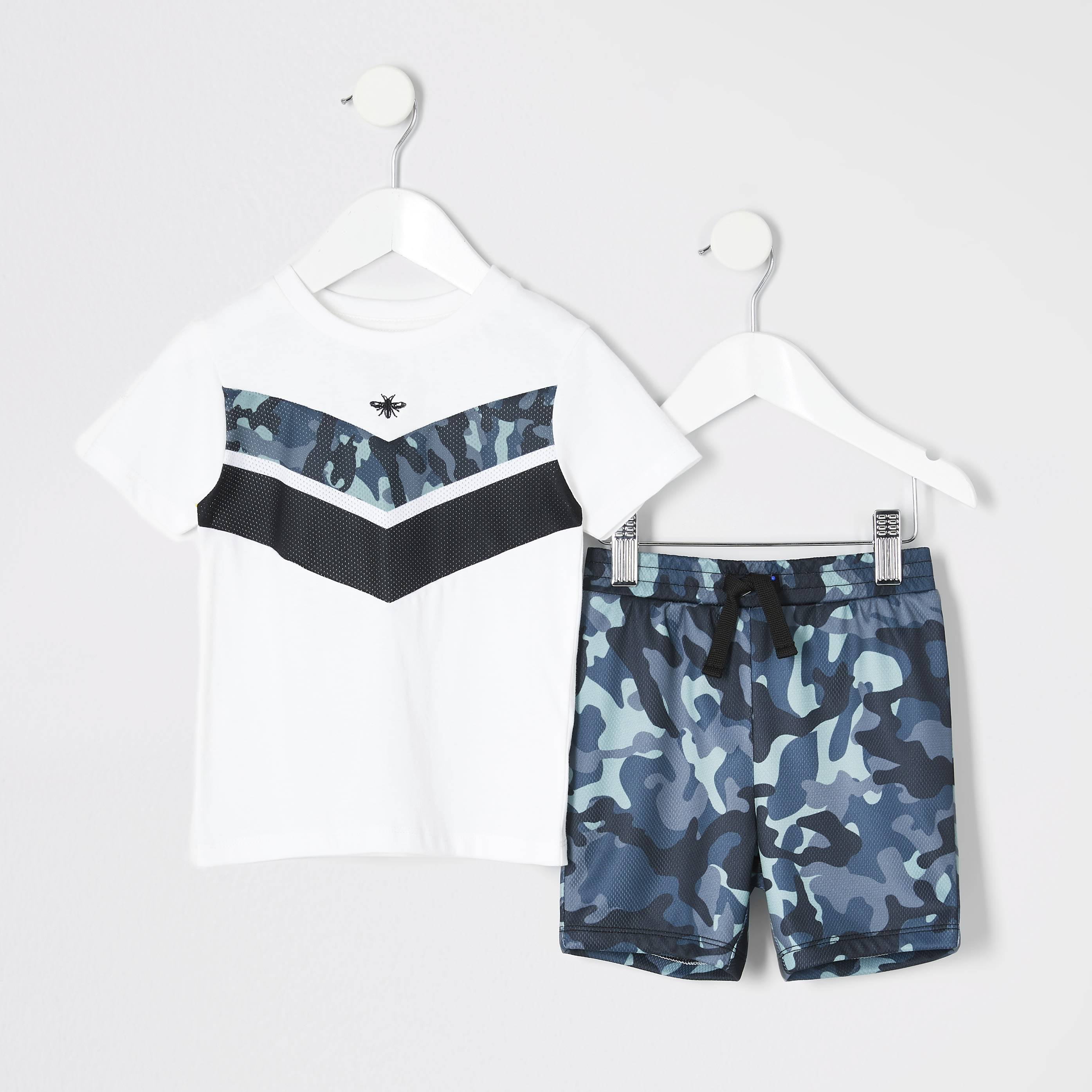 River Island Baby Boys White chevron T-shirt outfit (0-3 Mths)