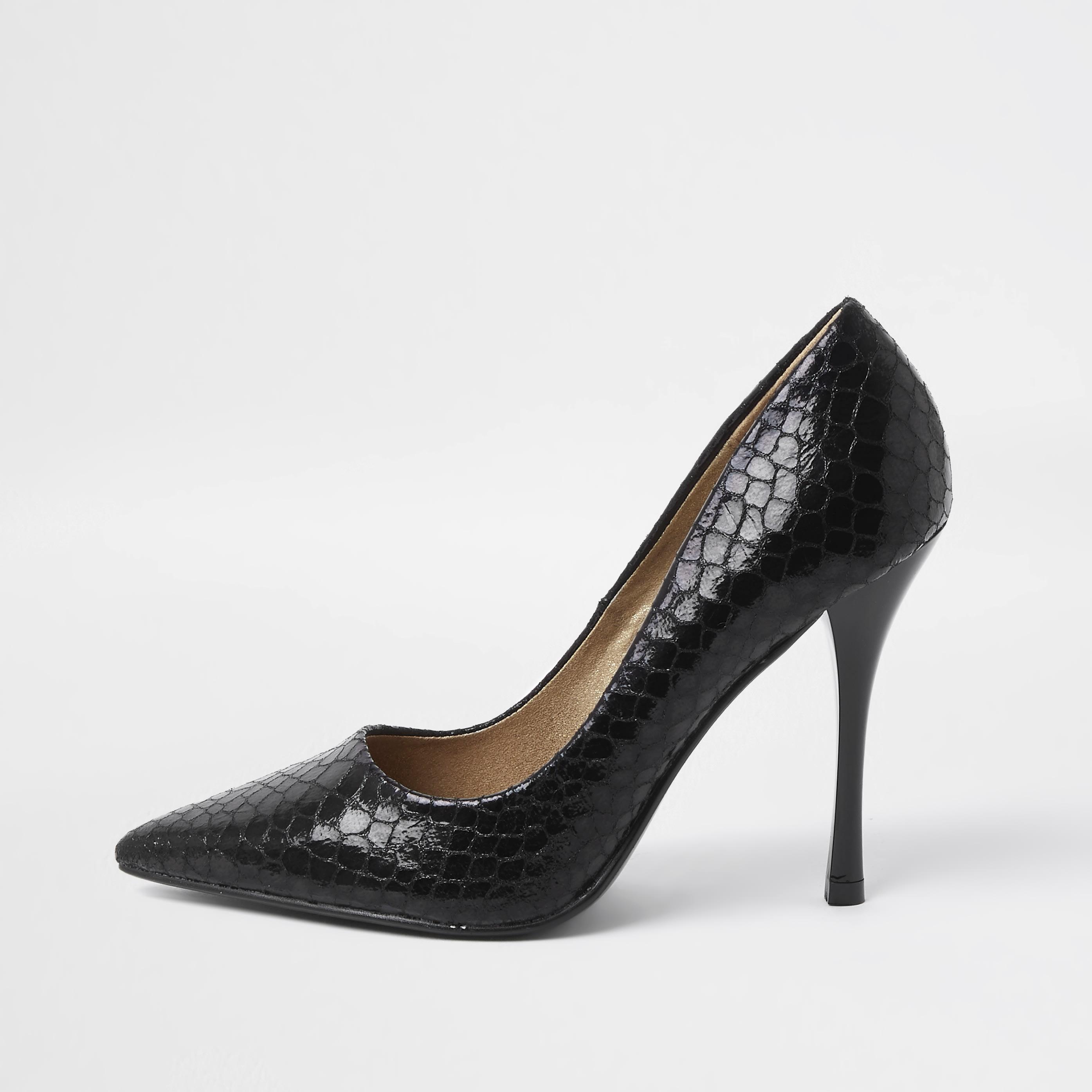 river island Womens Black embossed court shoe (9)