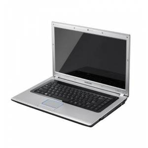 Samsung R520 15.6-inch Notebook (Dual Core T4200 2.0 GHz Processor, 4 GB RAM, 500 GB HDD, DVDSMDL, Webcam, HDMI, 6 Cell Battery, Windows 7 Home Premium, Silver)