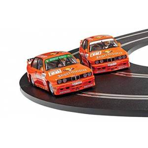 Scalextric C4110A BMW E30 M3 - Team Jagermeister Twin Pack Touring Car
