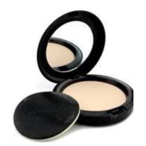 MAC Studio Careblend Pressed Powder, Light Plus