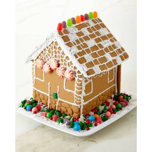 Candy Holiday 2019 Preassembled Gingerbread House Kit