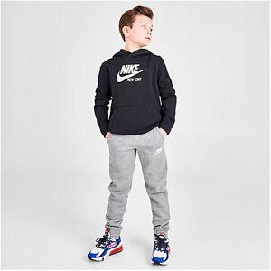 Nike Boys' Sportswear Embroidered Logo Club Fleece Jogger Pants in Grey Size Medium Cotton/Polyester/Fleece