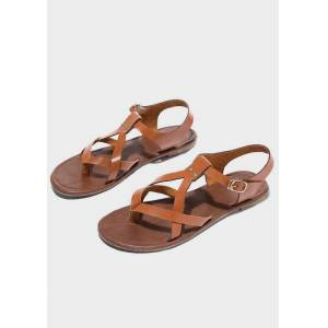 Solid Buckle Strap Flat Sandals - Brown