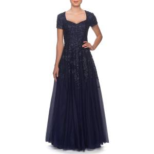 La Femme Sweetheart Tulle Short-Sleeve Gown with Lace Applique - Size: 4