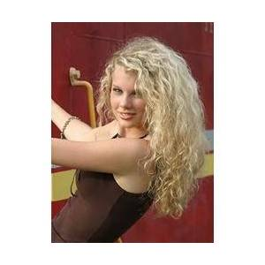Taylor 150% Heavy Hair Density Taylor Swift Style Knotted Natural Long Curly Blonde 20 Inches Lace Wig