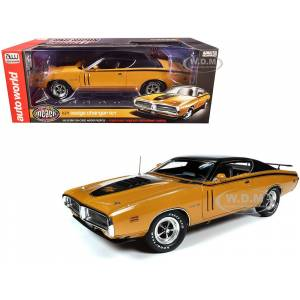 "Autoworld 1971 Dodge Charger R/T Hardtop Butterscotch Orange with Black Top and Black Stripes ""Muscle Car & Corvette Nationals"" (MCACN) 1/18 Diecast Model"
