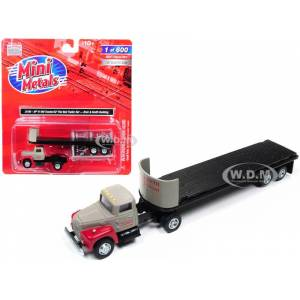 "Classic Metal Works IH R-190 Tractor Truck with 32 Flatbed Trailer ""Breir & Smith Building"" 1/87 (HO) Scale Model by Classic Metal Works"