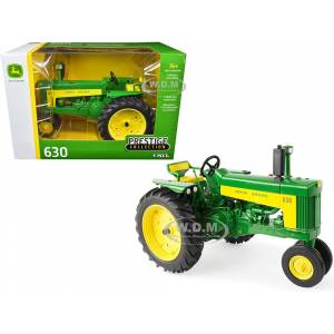 "ERTL / TOMY John Deere 630 Tractor ""Prestige Collection"" 1/16 Diecast Model by ERTL TOMY"