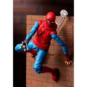 Bandai SpiderMan: Homecoming SpiderMan Homemade Suit  - Blue/Red - Size: One Size