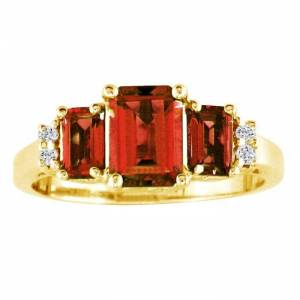 SuperJeweler Regal 2 1/3 Carat Garnet & Diamond Ring in 14k Yellow Gold, G/H Color by SuperJeweler