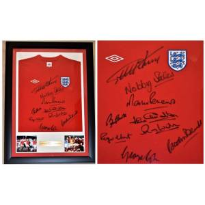 Real Deal Memorabilia 1966TeamJerseyF 1966 World Cup Team Signed England Soccer Shirt - Jersey Autographed by 9 Footballers - Custom Framed