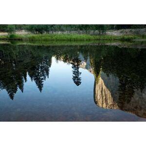Posterazzi PDDUS05BJY0068 Reflection of El Capitan in Mercede River Yosemite National Park California - Horizontal Print by Jaynes Gallery
