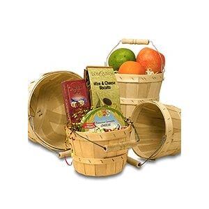 Paper Mart Round Natural Wood Slat Peck Farm Basket 8 Quarts - Quantity: 10 - Baskets - Insidediameter: 10 1/2 - Type: Natural Height/Depth: 7 by Paper Mart