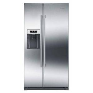 """Bosch B20CS30SNS 36"""" Energy Star 300 Series Counter Depth Side-by-Side Refrigerator with 20.2 cu. ft. Total Capacity  External Ice Maker and Water"""